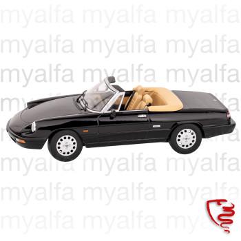 Alfa Romeo Spider Bj,1990-93 schwarz 1:18, Limited Edition